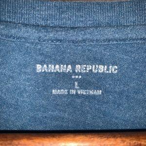 Banana Republic Shirts - Banana Republic graphic T-shirt